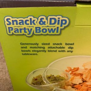 Dining - NWT snack and dip party bowl